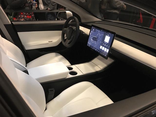 Tesla-Model-3-storage
